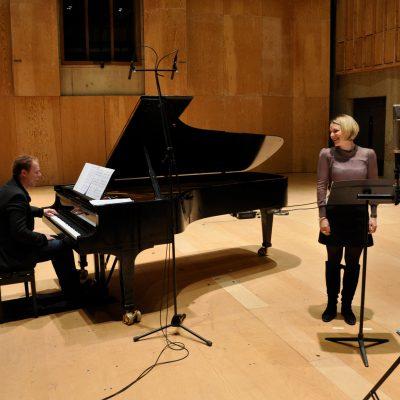 Recording 'Love said to me...' with Joseph Middleton, Britten Studio, Snape Maltings (photo: Andrew Mellor)